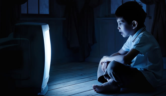 effects of watching too much television By watching television, adds cantor, children often learn that sex is very casual, that it has no negative consequences, and that it's cool to have sex continued for many parents, the hectic pace and non-stop demands of day-to-day living have made monitoring their family's television habits a low priority even some of the tools.